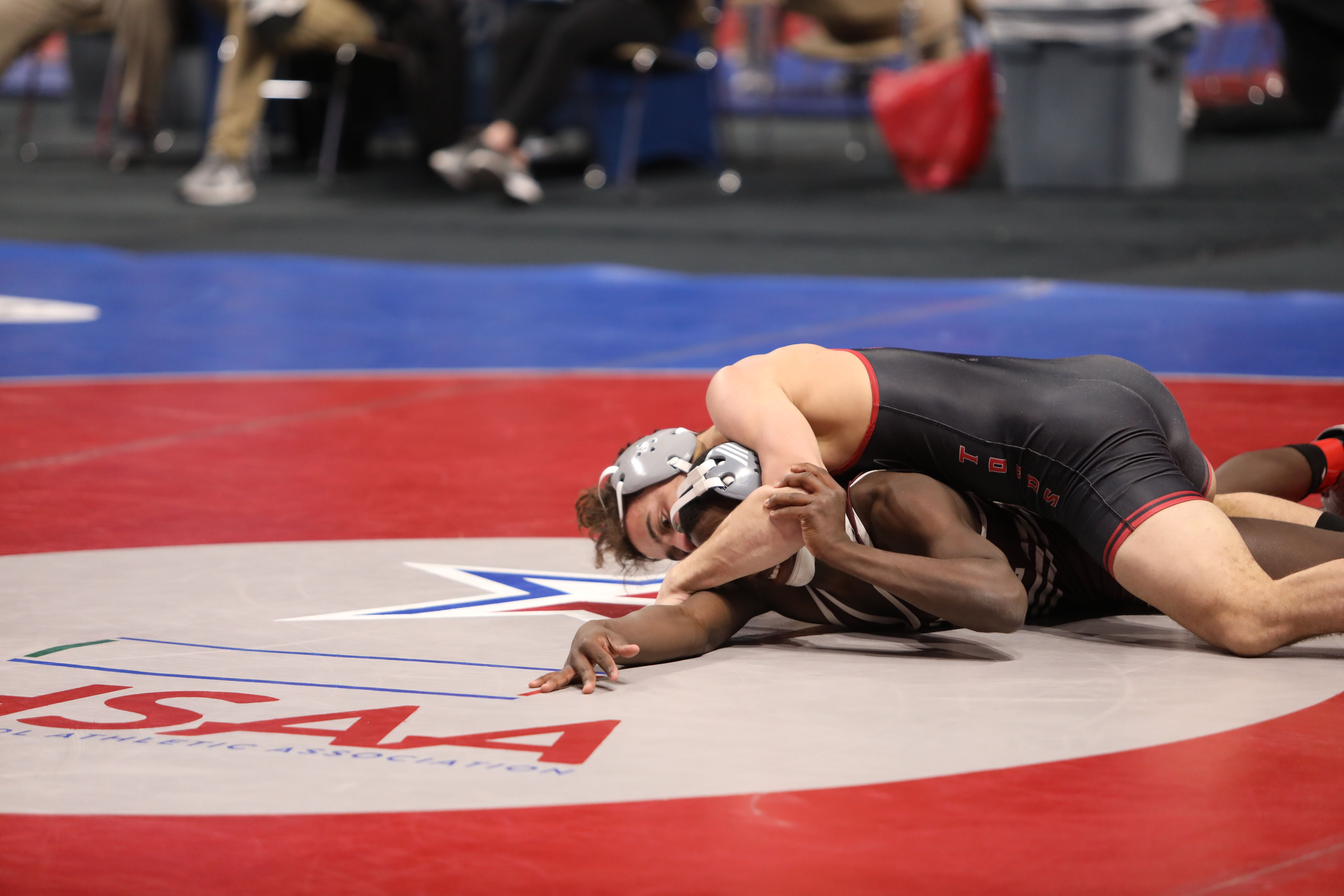 Gardendale Family Ties Help Rockets Forge to the Class 5A/6A State Wrestling Lead