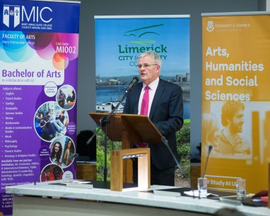 Significant Milestone in the Provision of 3rd Level Education in Ireland as UL and MIC Launch Joint Liberal Arts Programme. Monday 5th December marked a significant milestone in the provision of third level education in Limerick, and indeed Ireland, as Mayor of the City and County of Limerick, Cllr. Kieran O'Hanlon, officially launched a Liberal Arts programme, to be jointly offered by the University of Limerick (UL) and Mary Immaculate College (MIC). UL and MIC have been offering successful BA programmes for decades, but this ambitious, far-reaching project will offer students a wider range of choices making it the largest jointly delivered programme in Ireland. From September 2017 up to 700 students will enrol in an enhanced liberal arts programme, with an offering of nineteen different subjects, allowing students a combination of more than 150 pathways. Pic Sean Curtin True Media.
