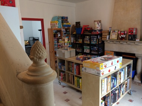 La ludothèque et ses jeux disponibles proposés par l'ahtoupie