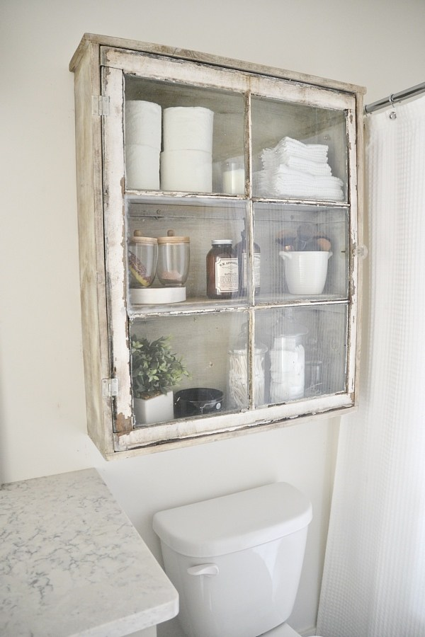 25 Ways to Decorate with Vintage Windows