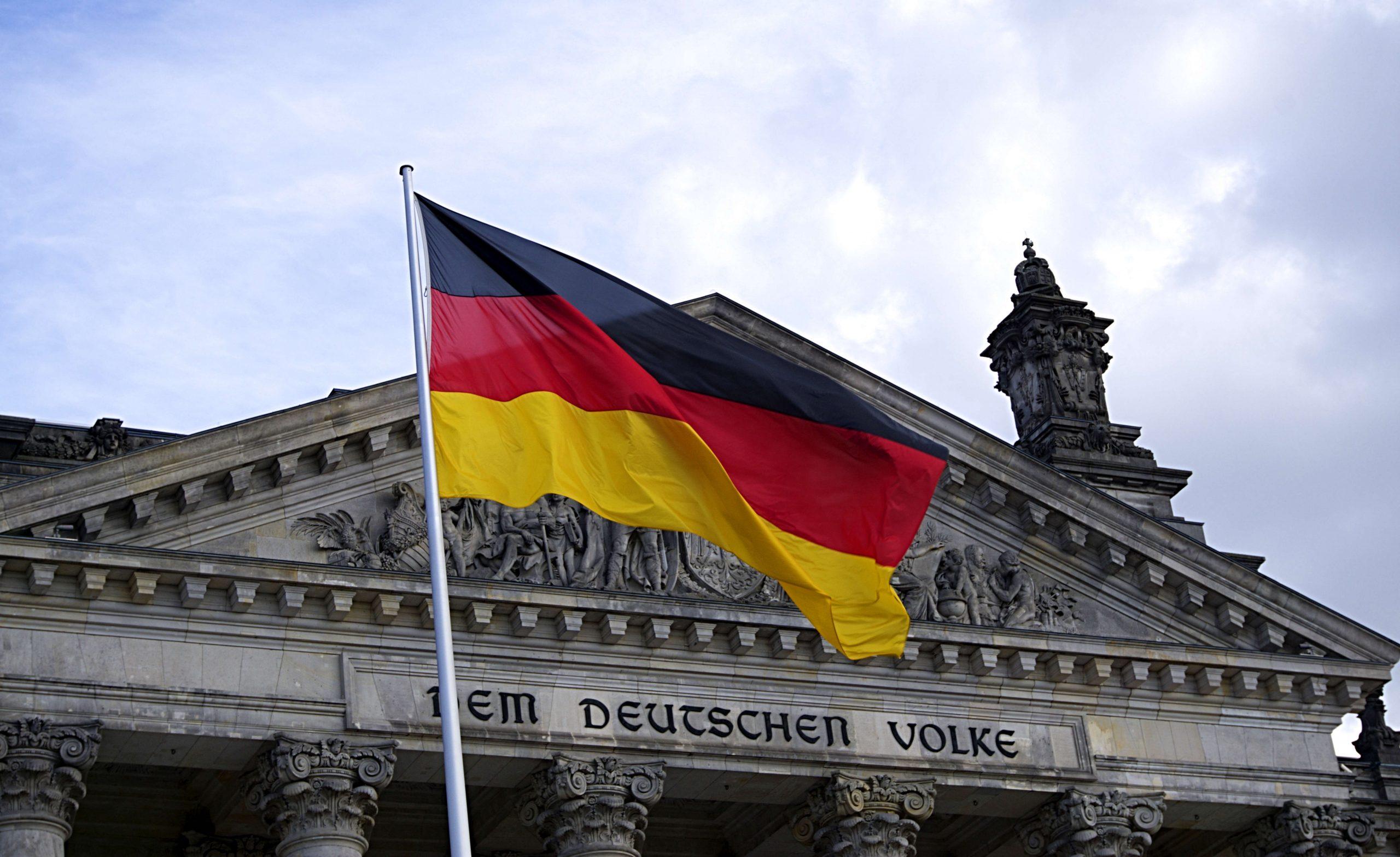 人工智慧科技於公部門之應用及其法制框架:德國國情報告