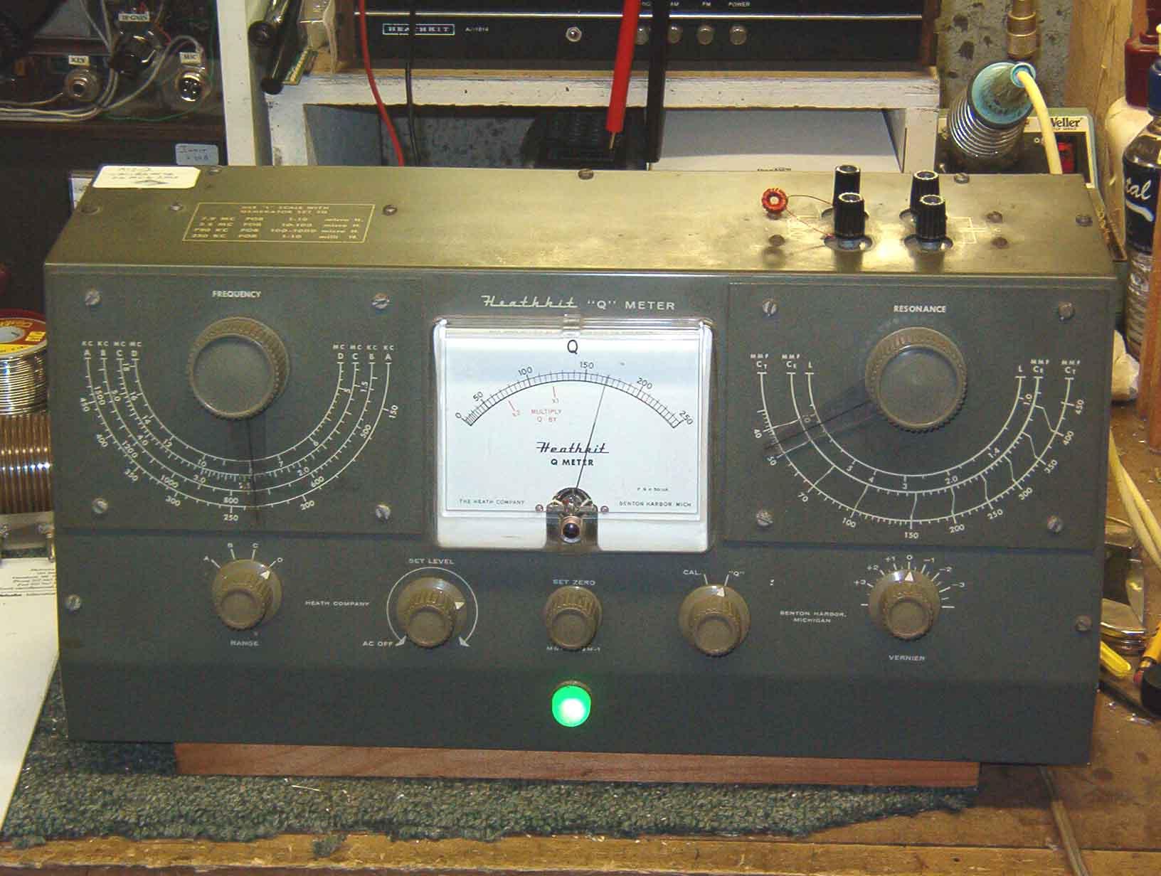 hight resolution of a heathkit q meter