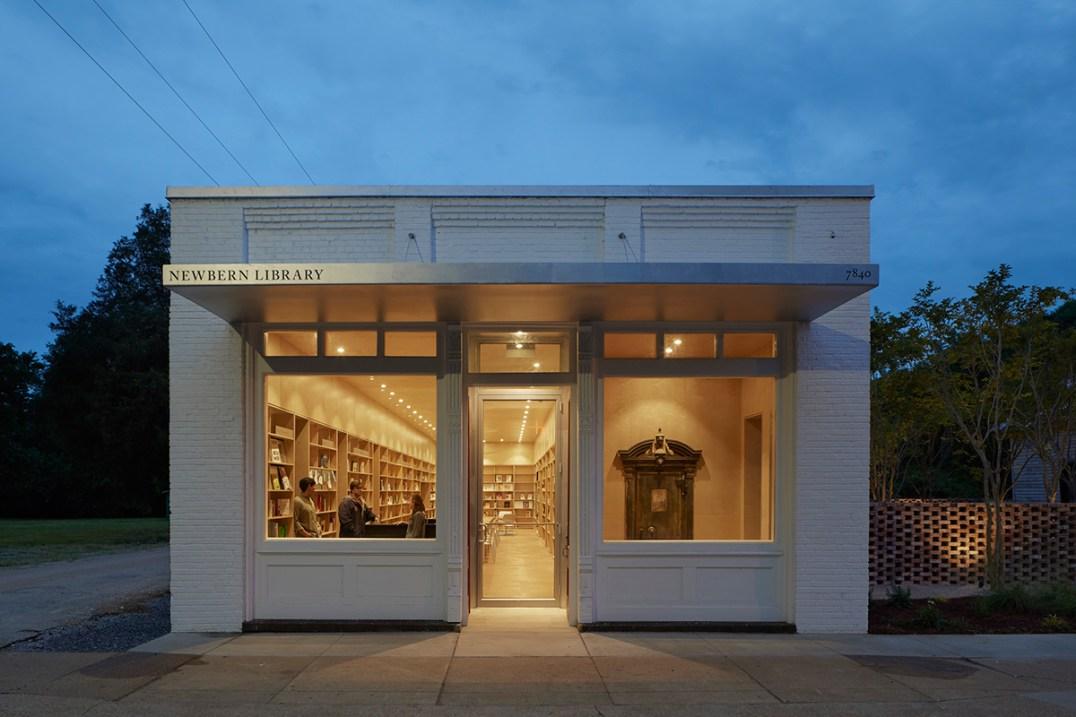 2013_Newbern Library 03_exterior