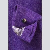 With horn buttons and hand-made buttonholes / Kézi gomblyukakkal és szaru gombokkal