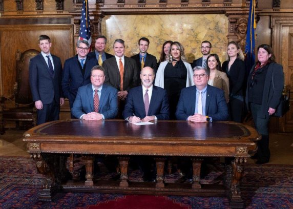 Gov Wolf Executive Order Ceremonial Signing_Green Building_Jan 2019