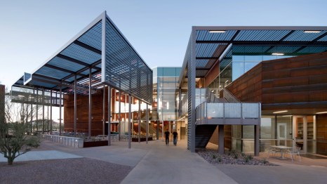 2010 Honor Award - Architect: SmithGroup - Location: Mesa, Airzona