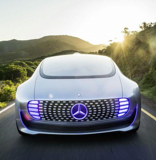 Self-Driving-Cars-Mercedes