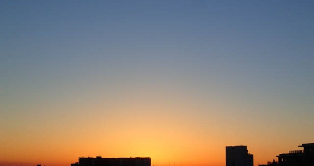 昨日の夜明け