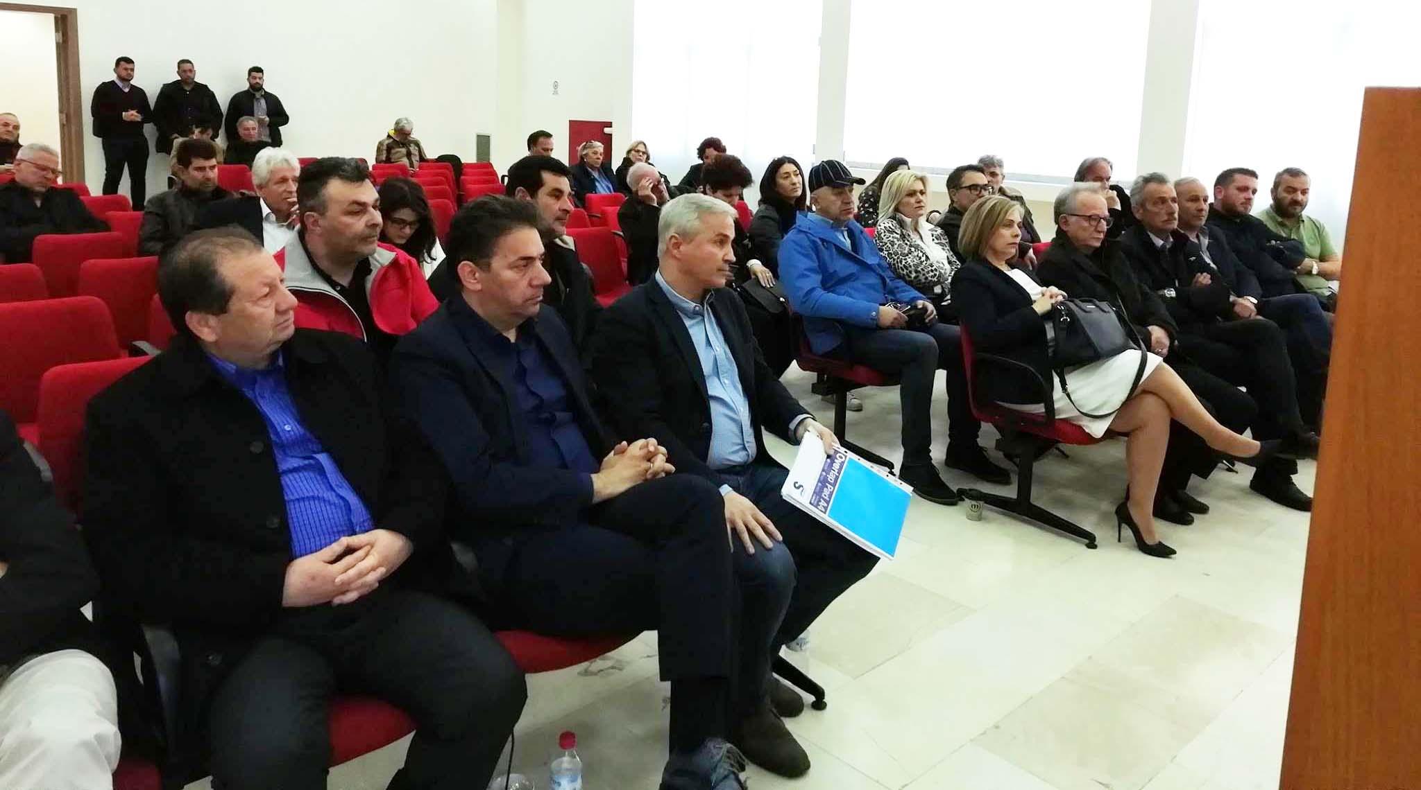 vouleftes-syriza-syskepsi-tei