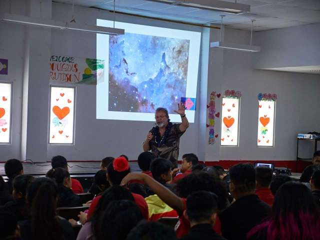 Award-Winning Book Author Douglas Arvidson visits AIJMS