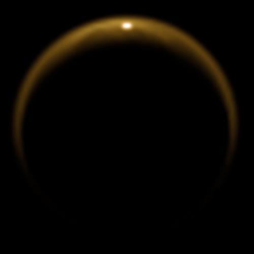 Destello de un lago en el hemisferio norte de Titán