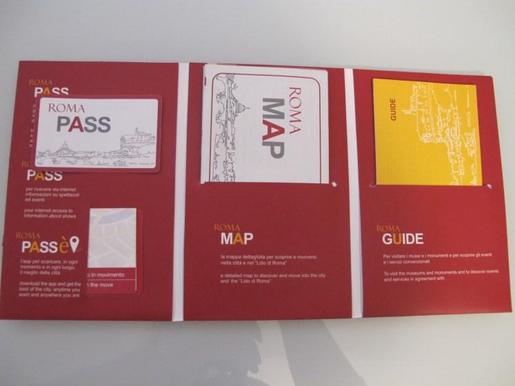 El kit completo de Roma Pass: Tarjeta, mapa y actividades