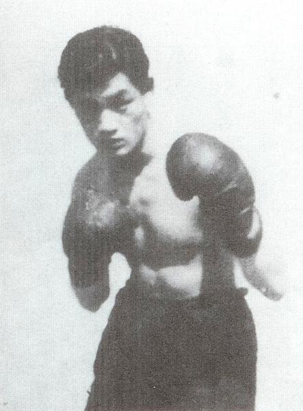 El boxeador – Yoshio Kuriowa (黒岩洋志雄), 1932-2010