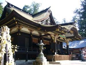 Haiden del santuario de Katori.