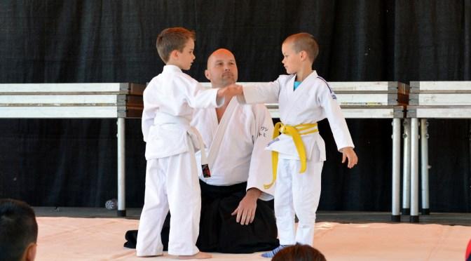 Gyereknapi aikido bemutatók