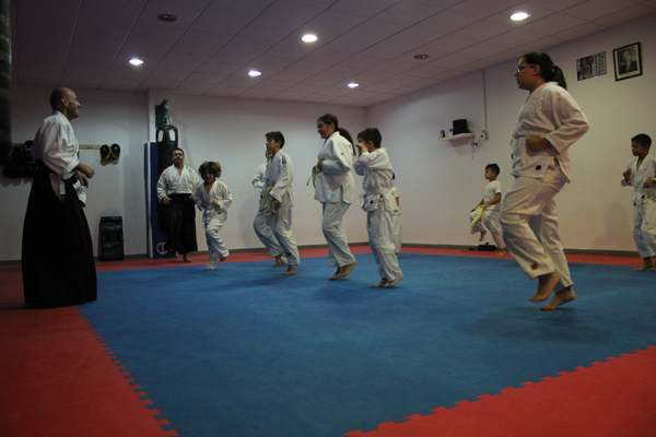 aikido-kids-infantil-y-juvenil-aikido-aikikai-san-vicente-del-raspeig-alicante-fotos-clase-31-10-2016-003-img_9457