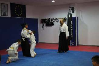 aikido-kids-infantil-y-juvenil-aikido-aikikai-san-vicente-del-raspeig-alicante-fotos-clase-31-10-2016-066-img_9629