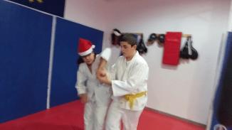 aikido-kids-infantil-y-juvenil-entrenamiento-navideno-2016-defensa-personal-aikido-aikikai-san-vicente-del-raspeig-al_117