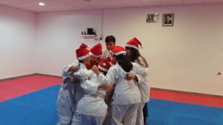 aikido-kids-infantil-y-juvenil-entrenamiento-navideno-2016-defensa-personal-aikido-aikikai-san-vicente-del-raspeig-al_136