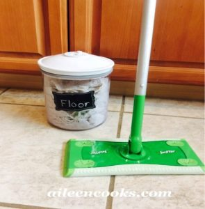 "Homemade Reusable ""Swiffer"" Mop Pads"