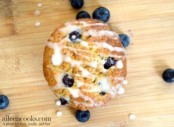 Banana Blueberry Muffins with vanilla glaze | https://aileencooks.com
