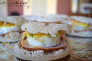 Freezer Friendly Ham and Egg Breakfast Sandwiches. Make ahead meals. Freezer Cooking. Once A Month Cooking. Freezer Friendly Breakfast. Recipe from aileencooks.com