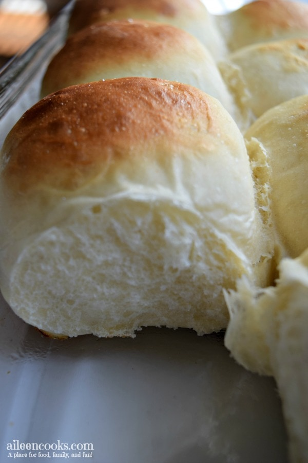 30 minute dinner rolls are perfect for Thanksgiving dinner or as the base for sliders!