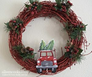 Festive Christmas Truck Wreath (in just 30 minutes)