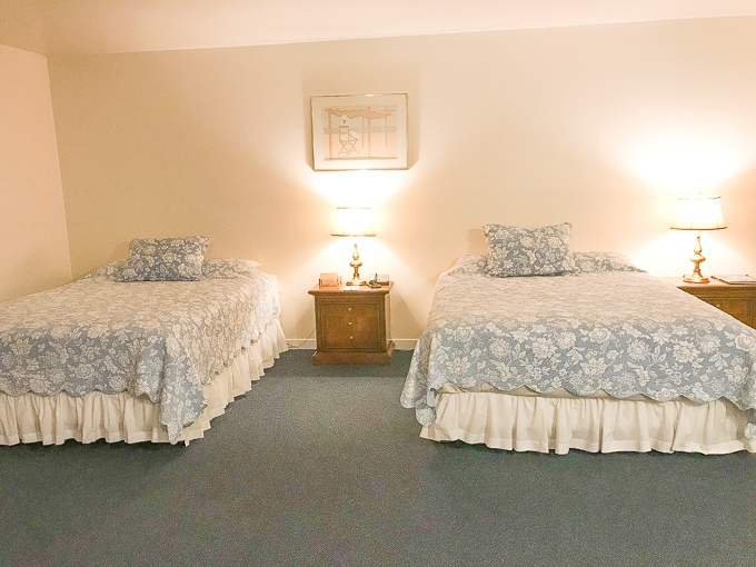 The second room of the two bedroom suite at Hofsas House, featuring two queen sized beds.