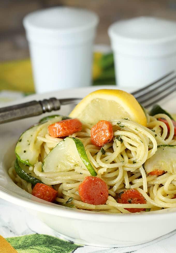Garlic pesto pasta with zucchini.