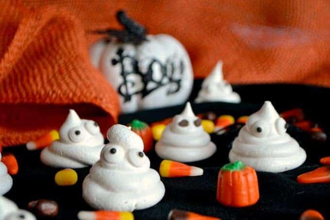 Halloween Ghost Meringues