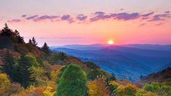 avery-county-north-carolina-appalachian-sunrise