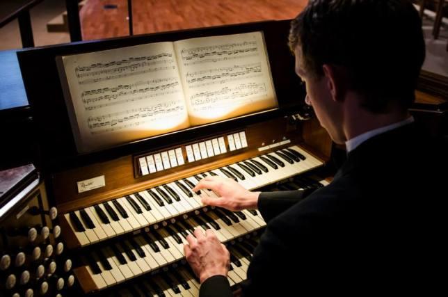 Church Organ, Organist