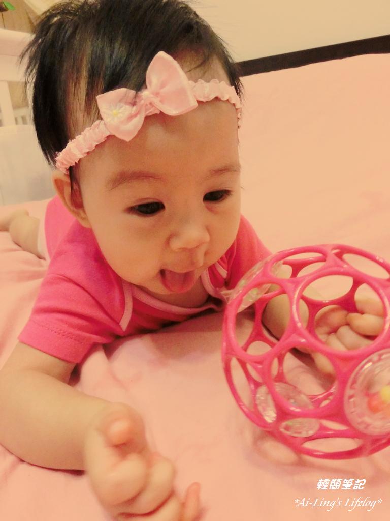 Isabelle:5M~6M_貝兒六個月成長紀錄與作息 – 輕簡筆記 Ai-Ling's Lifelog