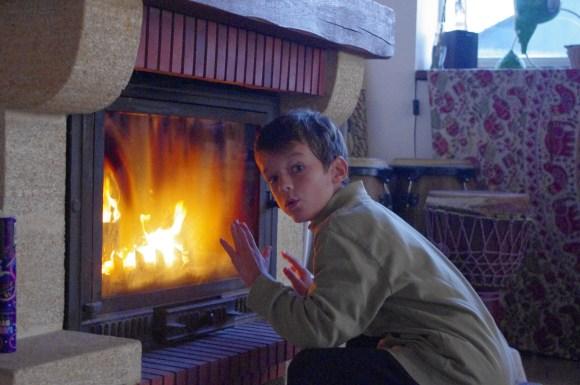 Se réchauffer au coin du feu
