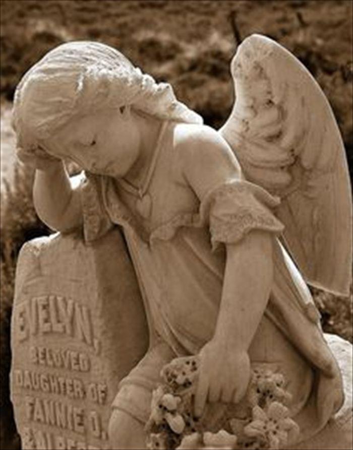 変わった墓6