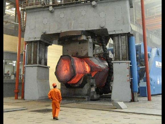 巨大機械 8