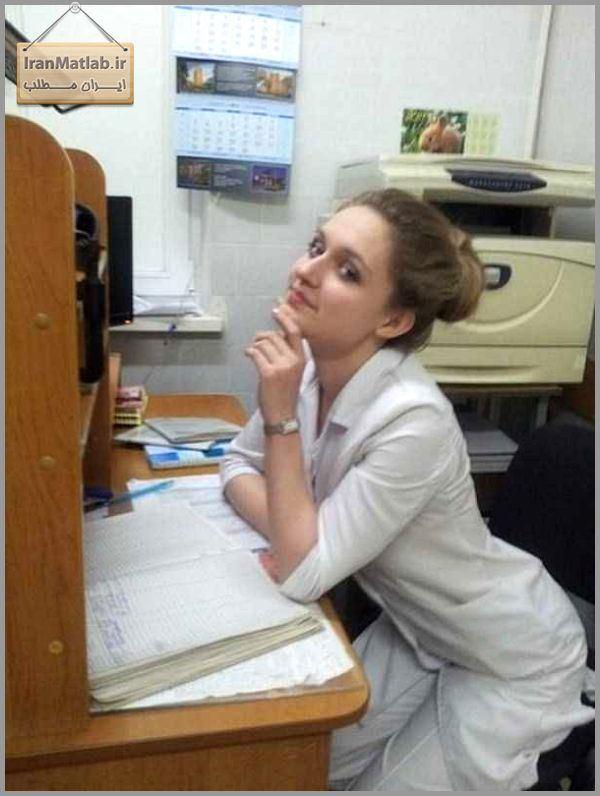 美人女医画像 4