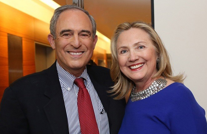Lanny Davis Hillary Clinton cropped