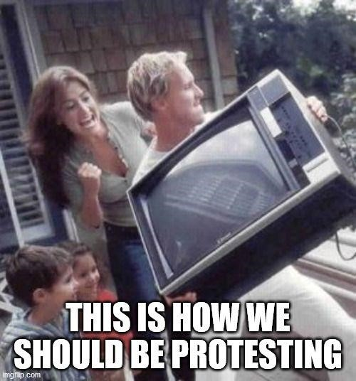 fake media television propaganda