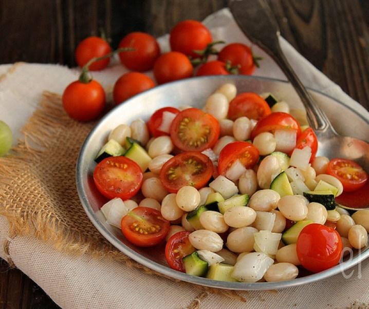 Salade de cocos de Paimpol, tomates et courgettes
