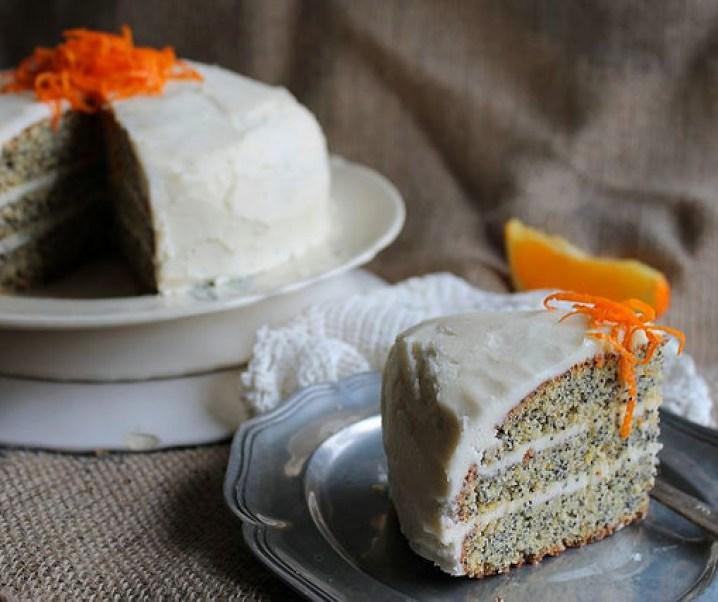 Verjaardagstaart – Layer taart met maanzaad en oranje {glutenvrij}