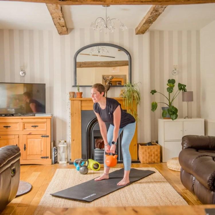 Online kettlebell fitness sessions for busy women