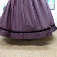 How to make a pleated skirt ruffle..