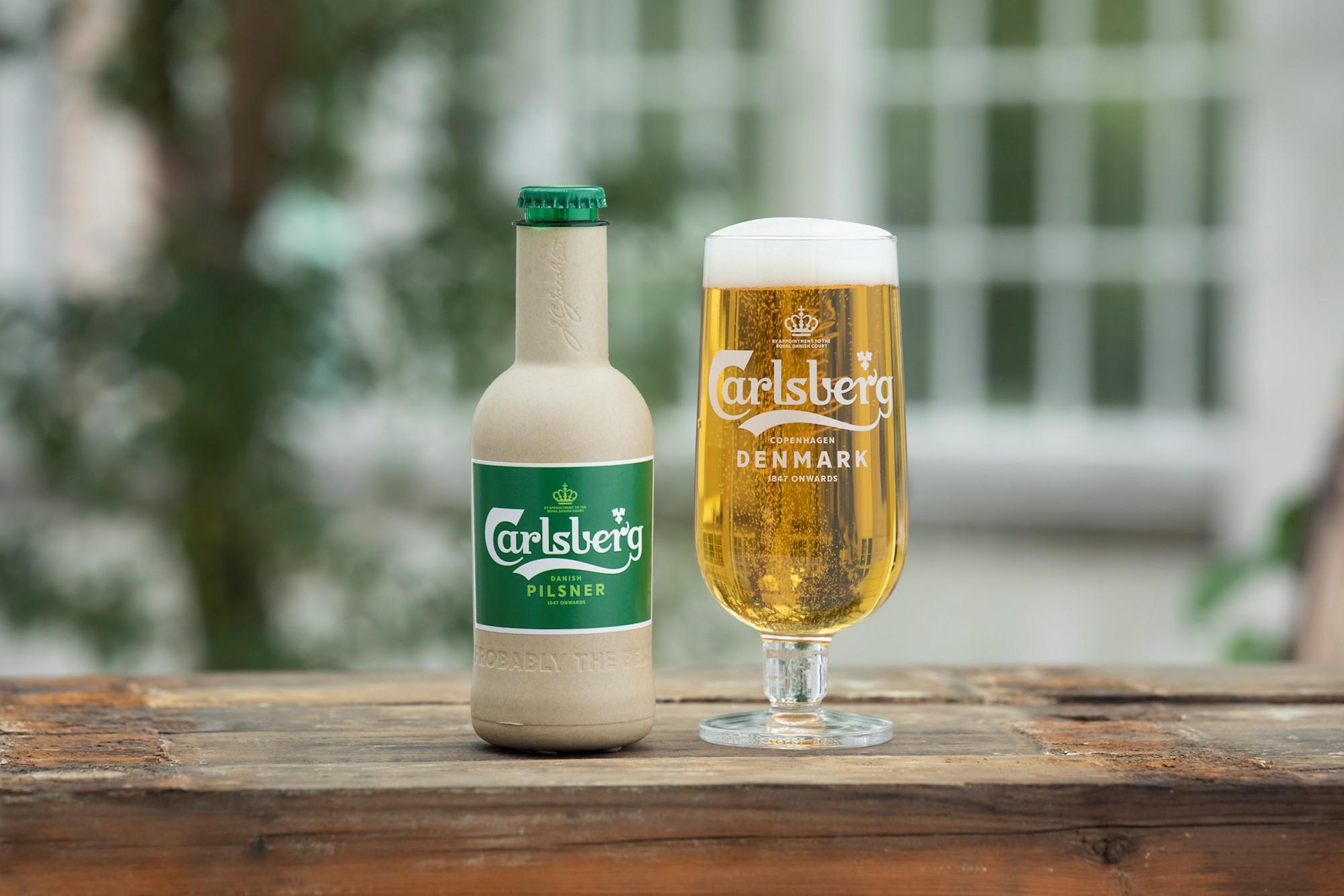 Des bouteilles de bière en papiers
