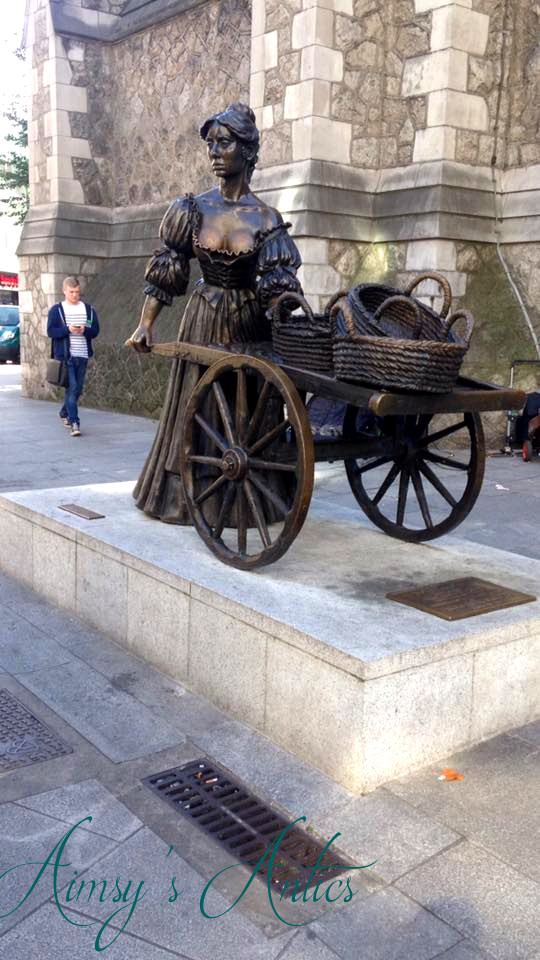 Molly Malone Statue in Dublin