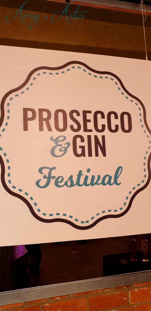 Prosecco & Gin festival wall sign.