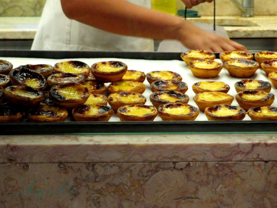 Pasteis de nata display cabinet, Time Out Market in Lisbon