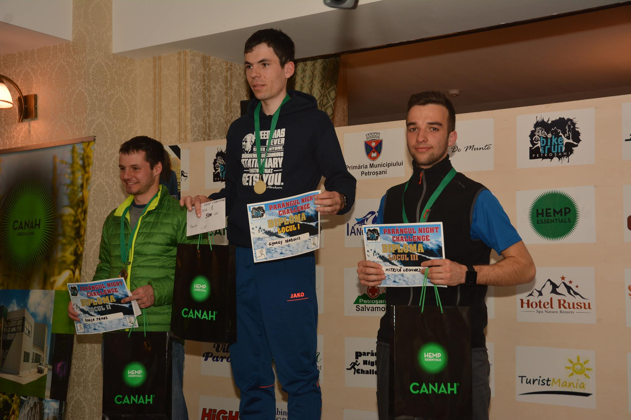 """Parangul Night Challenge 2017 """"AFACERE"""" in familie"""