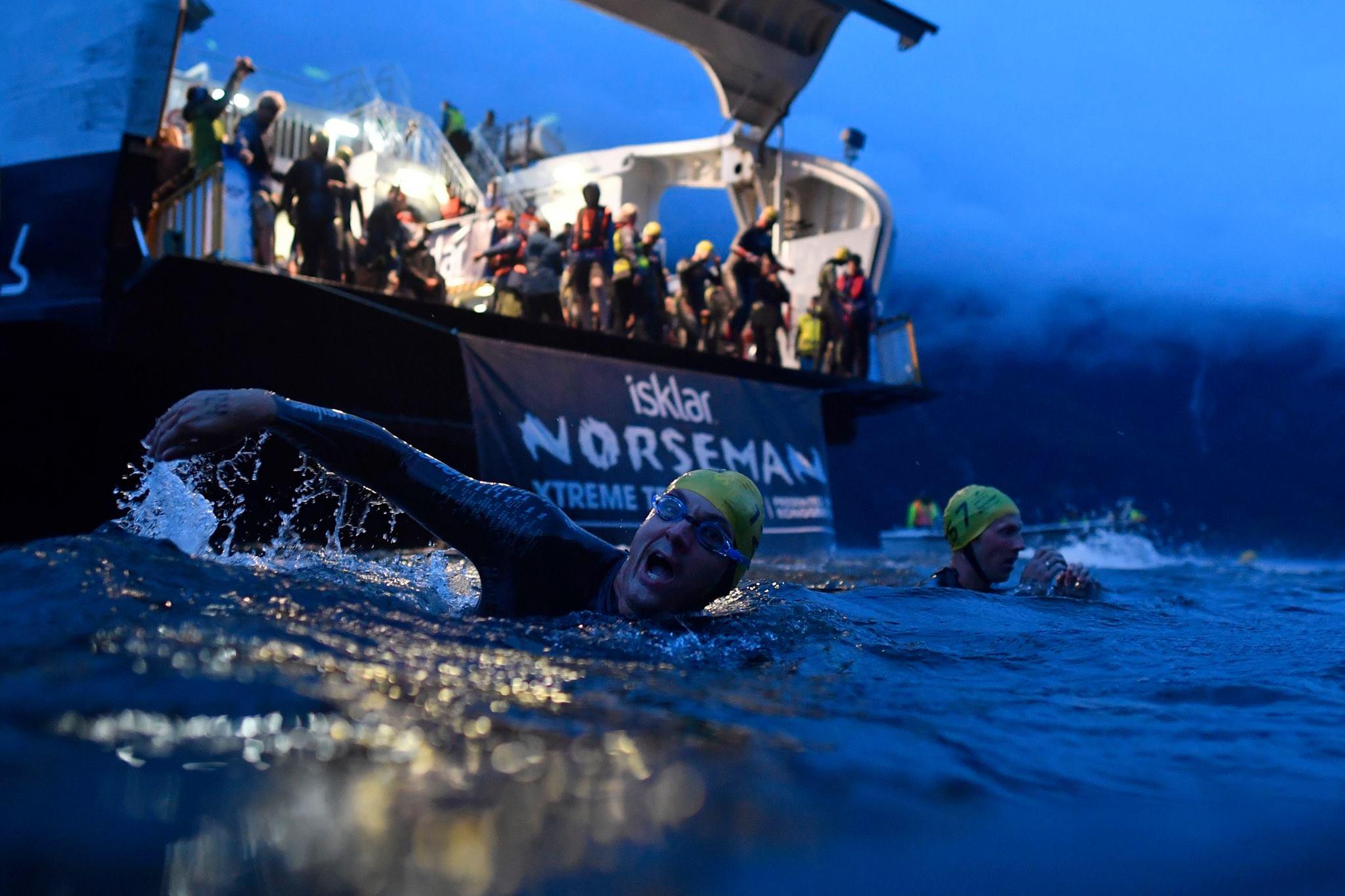 Provocare dura pentru Sorin Boriceanu: De la costum de neopren la costum de ski in cel mai extrem Iron Man de pe pamant